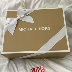 "Michael Kors Bags - BNWT Michael Kors Mercer Snakeskin Tote ""ADMIRAL"""